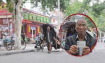 Cụ ông 61 tuổi đi khắp nơi tìm vợ bằng việc nhặt rác mưu sinh