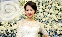 'Nàng thơ' Đặng Thu Thảo rạng rỡ chúc mừng NTK Lê Thanh Hoà