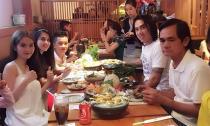 'Bắt gặp' Ngọc Trinh xinh tươi đi ăn cùng đại gia đình