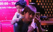 Tim đưa con trai đi tập hát khi Trương Quỳnh Anh vắng nhà