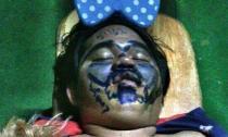 Cười bể bụng với loạt ảnh hài hước khi ngủ