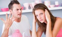 Đóng kịch ngủ với sếp để dạy chồng biết ghen tuông
