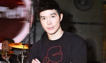 Nathan Lee lộ diện sau tai nạn chấn thương cột sống