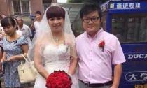 Cặp đôi 'bà cháu' - nam 25 lấy sếp nữ 52 gây sốt cộng đồng mạng