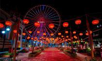 Asia Park xác lập kỷ lục 'Con đường đèn lồng dài nhất Việt Nam'