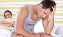 Vợ chồng phải nhét khăn vào miệng và nín thở mỗi khi làm 'chuyện ấy'