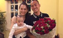 Ngọc Thạch rạng rỡ đón tuổi mới 24 bên chồng và con trai