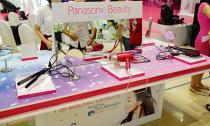 Đẹp hơn mỗi ngày với sản phẩm chăm sóc tóc Panasonic Beauty