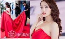 Mẹ Hoa hậu Kỳ Duyên nâng váy cho con gái như công chúa