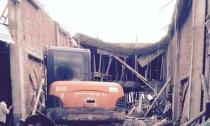 Hà Nội: Sập nhà khi đổ mái bê-tông, 6 người thương vong