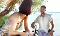 Những cách giúp bạn thu hút một chàng trai