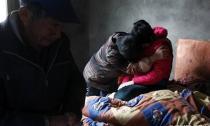 Bé gái 15 tuổi bị 6 người đàn ông trong làng hãm hiếp