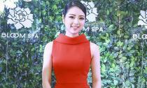 Hoa hậu Ngọc Anh khoe vẻ quyển rũ trong váy đỏ giữa đông lạnh
