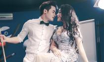 Khả Tú đẹp e ấp bên người mẫu Nathan Duy Nguyễn