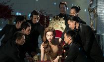 Dàn trai đẹp vây quanh 'giành giật' Hà Hồ sau scandal