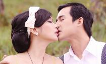 'Lộ' ảnh Lương Thế Thành hôn Lê Kiều Như đắm đuối sau đám cưới