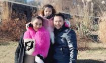 Vợ chồng Trang Nhung đưa con gái đi tận hưởng cái lạnh ở Hàn Quốc