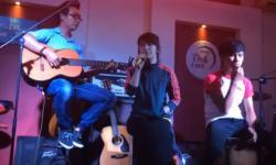 'Hoang mang' phiên bản acoustic cực chất