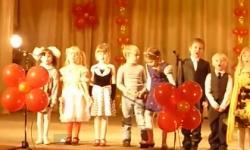 'Ghẹo gái' trên sân khấu và cái kết...