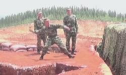 Để lựu đạn tuột tay, binh sĩ suýt mất mạng
