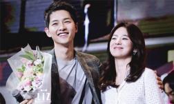 Từng có ý định mang thai với Song Joong Ki, nhưng Song Hye Kyo không thể che lấp được loạt dấu hiệu báo trước việc ly hôn