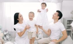 Vợ chồng nghệ sĩ xiếc Quốc Nghiệp – Ngọc Mai tung bộ ảnh gia đình hạnh phúc