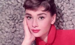 Huyền thoại sắc đẹp Audrey Hepburn quyến rũ trong sắc đỏ