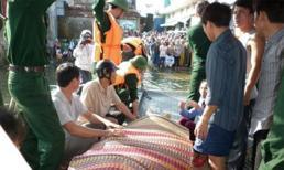 Chìm phà Quảng Nam: Một người chết, hàng chục người mất tích