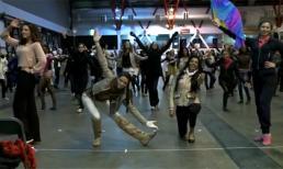 Video: Thí sinh HHTG 2011 luyện tập trước đêm chung kết