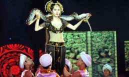 Ngắm vẻ đẹp nóng bỏng của Thủy Tiên năm 2011!