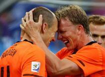 ĐT Hà Lan triệu tập, Robben vắng mặt