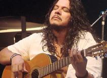 Nghệ sĩ guitar Paco Renteria biểu diễn tại Việt Nam