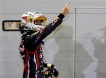 F1 chặng 14: GP Singapore Vettel chỉ còn cách chức vô địch 1 điểm