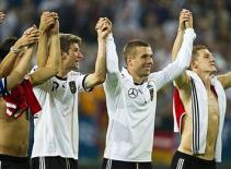 Vòng loại Euro: Đội tuyển Đức giành vé sớm, Hà Lan đại thắng