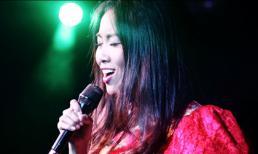 Đoan Trang khoe giọng hát