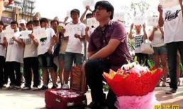 Trung Quốc: Cầu hôn với một vali tiền gấp hình trái tim