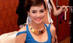 Trang Nhung tươi tắn sau scandal đi khách