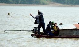 Đang xác minh thi thể trôi sông nghi là nạn nhân TMV Cát Tường