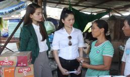 Lệ Quyên - Hà Hồ tất bật về Đà Nẵng cứu trợ