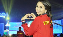 Diễm Hương mặc áo đỏ rực làm đại sứ cổ vũ SEA Games 27