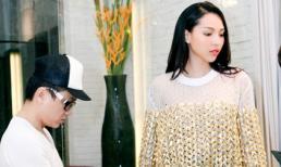 Siêu mẫu Minh Triệu tất bật thử đồ cho show diễn