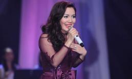 Ngọc Anh dịu dàng đầy quyến rũ tại chung kết Bài hát Việt