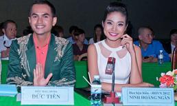 """Hoa hậu biển Ninh Hoàng Ngân ngồi """"ghế nóng"""""""