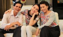 Hà Hồ hạnh phúc bên ba mẹ