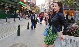 Ngọc Bích kiêu sa đón thu ấm tại trời Âu