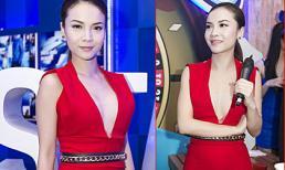 Yến Trang diện jumpsuit xẻ ngực đầy gợi cảm