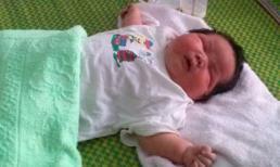 Bé sơ sinh nặng 6,5 kg ở Quảng Nam