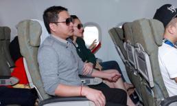 Bắt gặp Kim Hiền khoác chặt tay bạn trai Việt Kiều trên máy bay