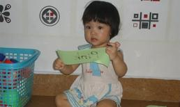 Xôn xao câu chuyện bé 15 tháng tuổi đọc tiếng Việt vanh vách