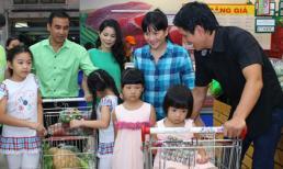 Bắt gặp Bình Minh - Quyền Linh cùng đưa vợ con đi siêu thị